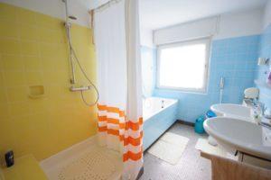 Gemütliche Doppelhaushälfte Kehl - K109 - Badezimmer